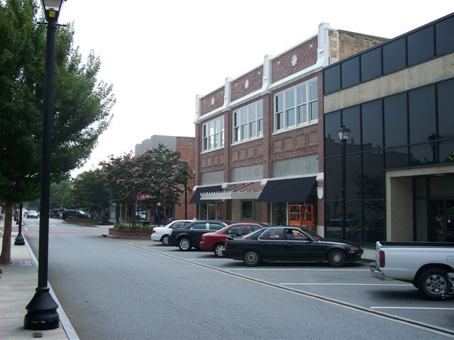uptown-district-greenville-nc2